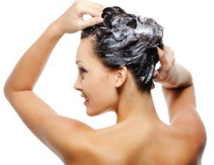 Argilla Ghassoul nel lavaggio dei capelli