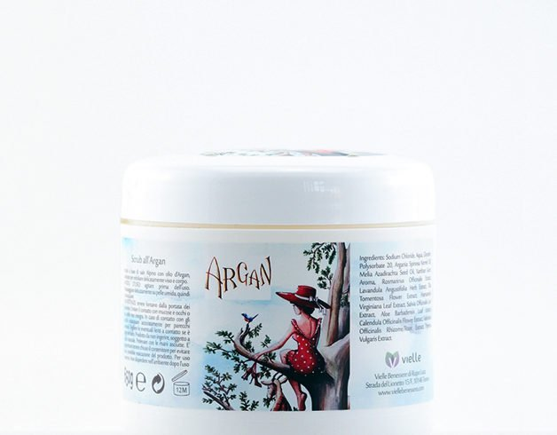 Scrub all'olio di Argan e sale alpino.